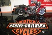 0014_Harley-floor